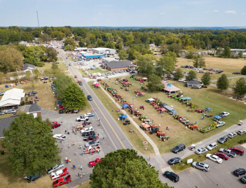 Chase a pig and attend a rodeo at annual Eva Frontier Days festival